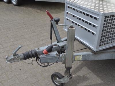 Mietanhänger 10 Kühlkoffer 2500 Kg 3000x1500x1800 mm