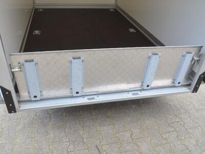 Humbaur HKT 182515-18 P Absenkbarer Kofferanhänger