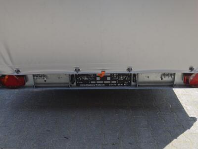 Humbaur Universal 3000 Aluboden Plane Silber Rollo hinten