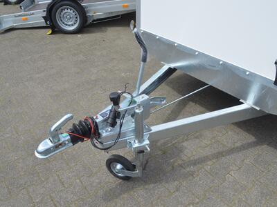 Agados VZ31 B1 1500 Kg 3005x1560x1800 mm Seitentür