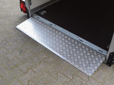 Humbaur HKT 182515-18 P Koffer Handpumpe