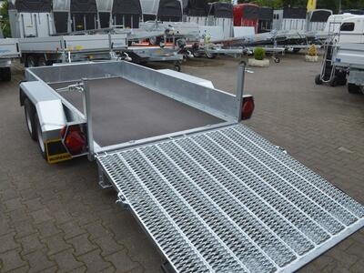 Humbaur HS 353016 Stahlüberfahrwand Schaufelablage
