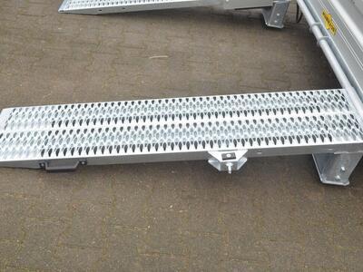 Humbaur HS 353718 Baumaschienentransporter